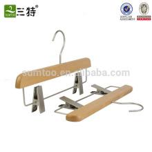 Support de pantalon en bois de hêtre avec clip de ceinture antidérapant