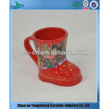 M057 rote Farbe keramische Fußform Tassen für Weihnachtsmarkt