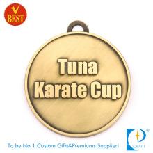 Medalla plateada latón modificado para requisitos particulares de alta calidad del karate 3D de China en a presión la fundición