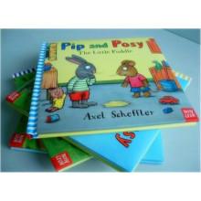 Livre relié de livre d'histoire anglais fait sur commande pour des enfants
