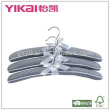 Set of 3pcs mesh padded hangers