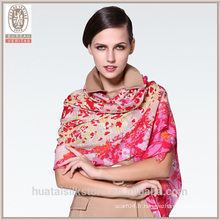 Grace Cherry Blossom fleur écharpe en laine à grande taille châle