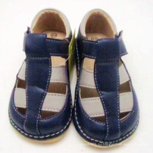 Мальчик-сандалии для малышей