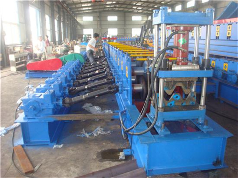 Complete Line For Highway Roll Forming Machines