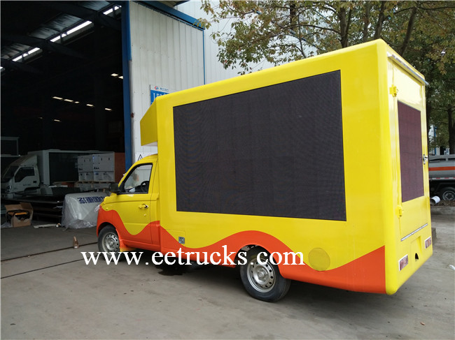 P4 LED Mobile Advertising Trucks