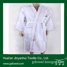 Cotton Waffle Bathrobe Towel with Solid White Color Bathrobe Cheap (Y098)