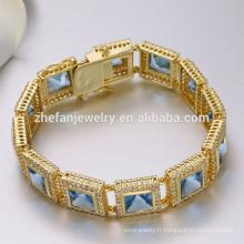 Bracelet de serpent de boucle d'or de cadeau de fête des mères fait de zircon bleu de laiton pour la mère