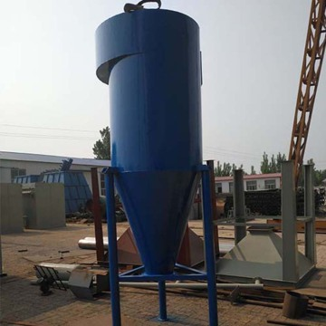 Centrifugal cyclone dust remover for industrial hot air