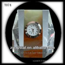 Magnifique horloge en cristal K9 T074