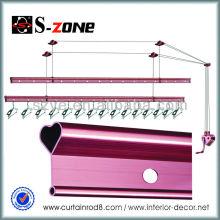 SZ12-03 El cobre al por mayor dobla el almacenaje de la ropa racks y los soportes para las tiendas que colocan libremente sobre la puerta