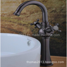 Double Handle Basin Faucet, Bathroom Wash Basin Tap (Qh1808b)