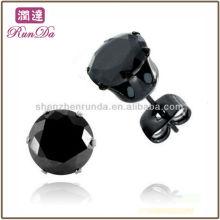 2013 Nouveaux produits Boucles d'oreilles en acier inoxydable plaqué noir Boucles d'oreilles en zircon cubique noir avec papillons