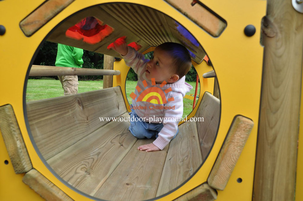 multiplay structures playground equipment