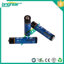 Nuevo lanzamiento del producto en China r03 tamaño um4 batería seca de la batería voltaje de 1.5 v