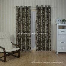 Broderie teintée en fil typique comme rideau jacquard