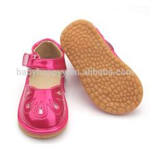 Brinquedos grossos e brincalhões sapatos infantis sandálias sapatos de bebê vermelho doce