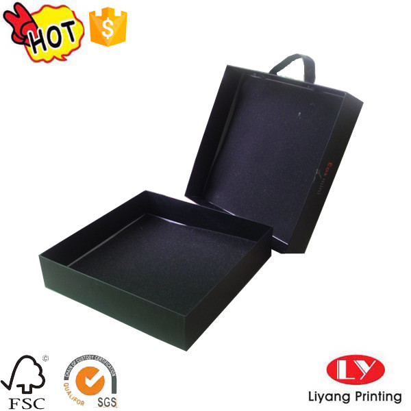 cardboard box with lid with handle