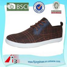 Zapatos de los hombres baratos de la lona de la fábrica OEM