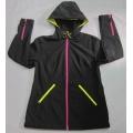 Yj-1072 Ladies Black Fleece Waterproof Breathable Softshell Jacket with Hood Women′s