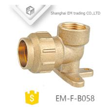 EM-F-B058 Messing Spanien Pex Fitting mit Drop Ear 90 Elbow Kompressionsrohr