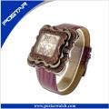Montre à la mode une montre étanche à quartz de qualité pour les femmes
