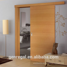 Dormitorio natural acabado puertas correderas de madera
