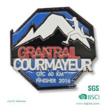 Metal Mountaineering Sport Lapel Pin (XG-31)