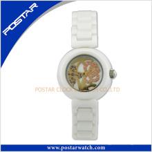 2016 últimas senhoras populares moda cerâmica relógio com vidro de safira