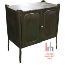 Cabinet en métal à deux portes
