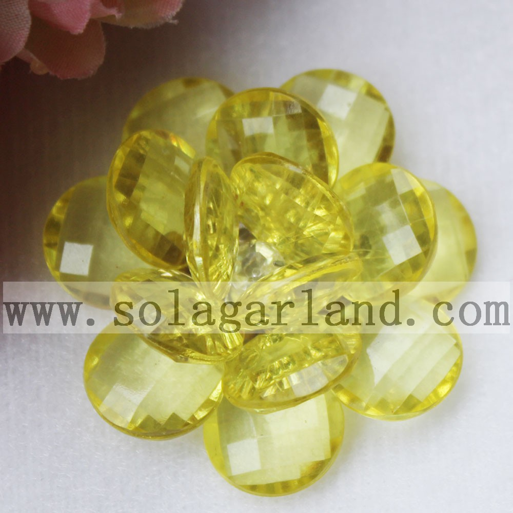 47MM Clear Plastic Bead Flower