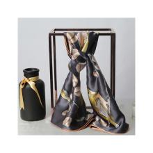 Lenço de seda de material ecológico