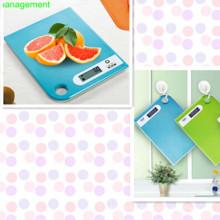 Новые разработанные тонкие цифровые кухонные весы (SR5613)