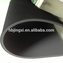 Высокое трение Ребристый резиновый лист рулон с тканью вставки