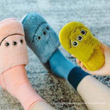Zapatillas de algodón de ojos grandes de dibujos animados para niños