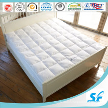 7D Culster Hollow Fiber Filling Mattress Topper pour International Hotel