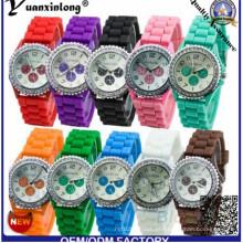 El vendedor loco Yxl-318 venden al por mayor los relojes más baratos de las señoras de los colores del caramelo del reloj de la jalea de la marca de fábrica de Ginebra La fábrica del reloj del silicón de la manera de Ginebra