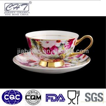 Porzellan Gold Felge antike Kaffeetassen und Untertassen