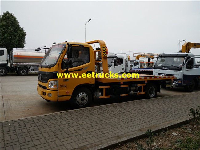 Flatbed Car Towing Truck