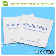 Горячая продажная стерильная спиртовая подушка, используемая для медицинских изделий изготовителем
