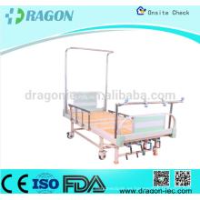 Cama de tracción ortopédica con base estable y IVpole