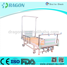 Orthopedic traction bed with base stable and I.V.pole