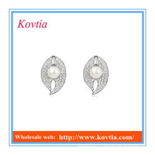 Chine top dix produits de vente fantaisie forme de la feuille boucles d'oreille en cristal imitation boucles d'oreilles en perle cz boucles d'oreille en diamant