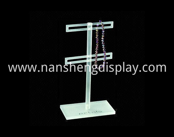 acrylic-jewelry-displays-04-l