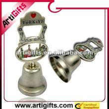 популярны металлические украшения колокол