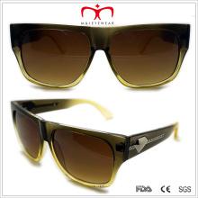 Пластиковые солнцезащитные очки с металлическим украшением в храме Тне (WSP508317)