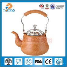 antike Teekannen aus Edelstahl