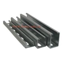 Hot DIP Galvanisé Omega Shape Steel Channel Profile Rouleau formant Machine Singpore