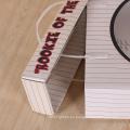 Manija plástica de encargo que lleva la caja acanalada del cartón con la ventana de pvc