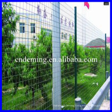Free standing fencing