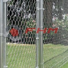 Galvanzied Chain Link Fabric avec trou de 50mm